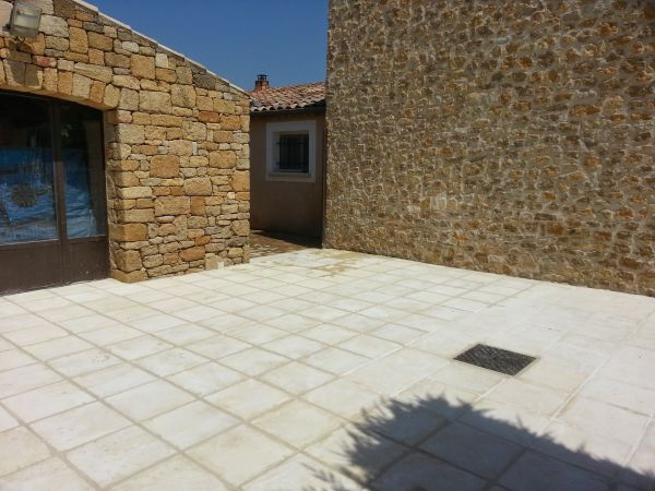 Pose de dalles ext rieur terrasse ville laure proche for Dallage exterieur terrasse